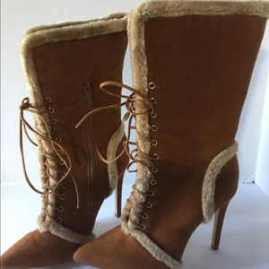 Paper Fox size 8 lace-up suede and fur trimmed